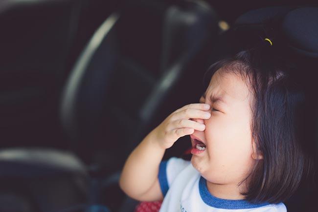 แนะนำ วิธีป้องกันการลืมลูกไว้ในรถ สิ่งที่อันตรายที่สุดสำหรับลูกน้อย