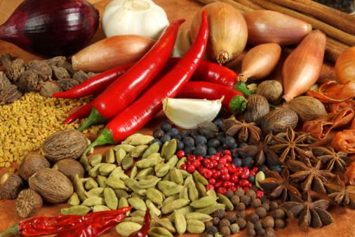 อาหารที่แม่ให้นมลูกควรหลีกเลี่ยง และไม่ควรทานเป็นอย่างยิ่ง อาหารชนิดที่สามที่แอดอยากจะมาแนะนำ คือ อาหารรสชาติจัดจ้าน