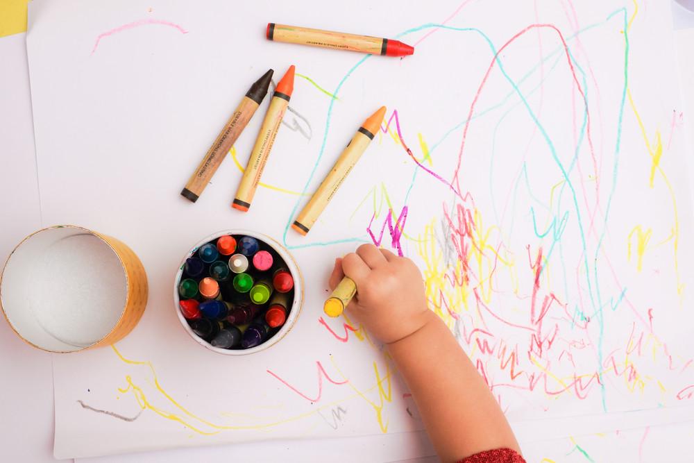 สังเกต พัฒนาการเด็กวัย1ขวบ ไปพร้อมๆกัน