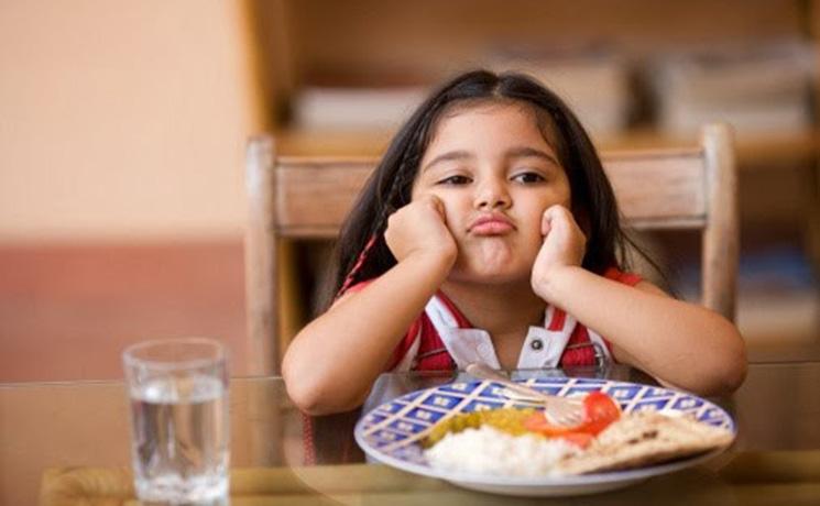 สาเหตุหลักๆ ที่ทำให้ ลูกไม่ยอมกินข้าว