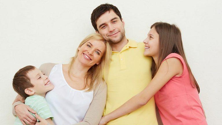 แนะนำ 3 ข้อดีของการกอดลูก