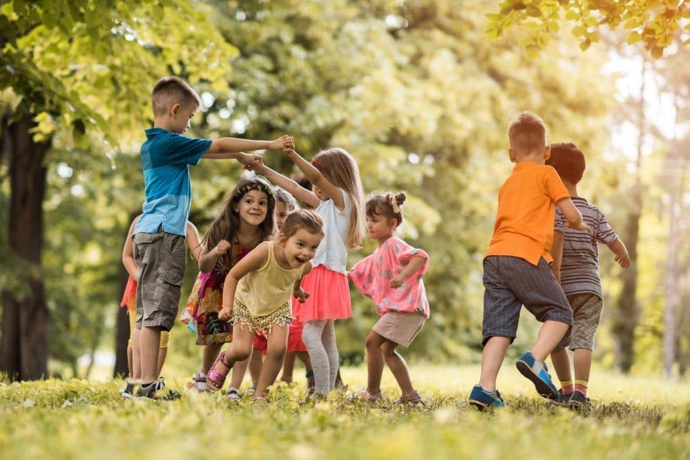 กิจกรรมของลูก หลังเลิกเรียนในวัยอนุบาล  คือ การปล่อยให้ลูกนั้นมีเวลาส่วนตัว