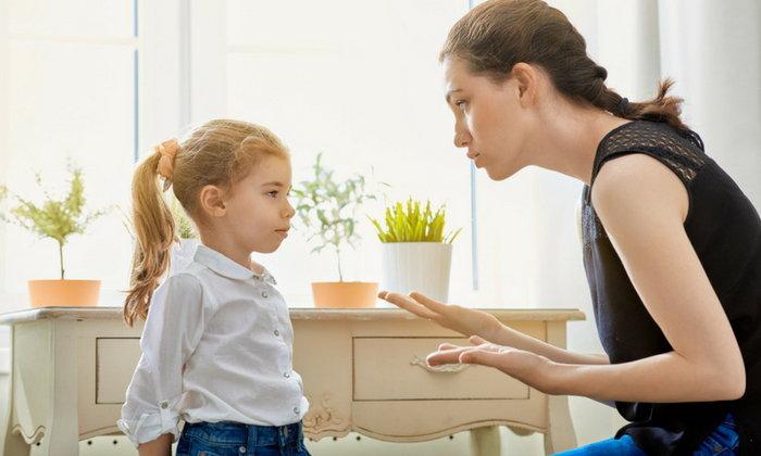 เทคนิคการตักเตือนลูก ด้วยการชมก่อนตักเตือน
