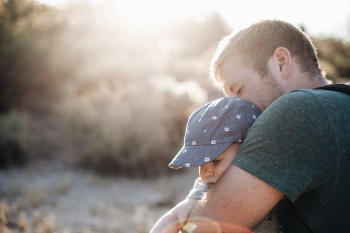 เลี้ยงลูกให้มีEQดี มีความฉลาดทางอารมณ์ ฉลาดทันโลก มีความสุขได้อย่างแท้จริง