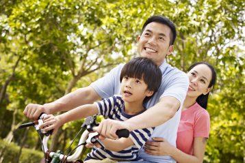 3 กิจกรรมการเล่นกับลูก ซึ่งเป็นสิ่งพ่อแม่สามารถช่วย เสริมพัฒนาการของลูก ๆ ได้ดี